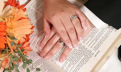 Bosquejos Biblicos - Una mentalidad Bíblica acerca del matrimonio